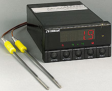 Dual thermocouple indicator or controller   DP26 Series